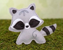 raccoon sewing pattern, felt raccoon, baby raccoon, raccoon plushie, raccoon stuffed animal, woodland pattern, ornament pattern