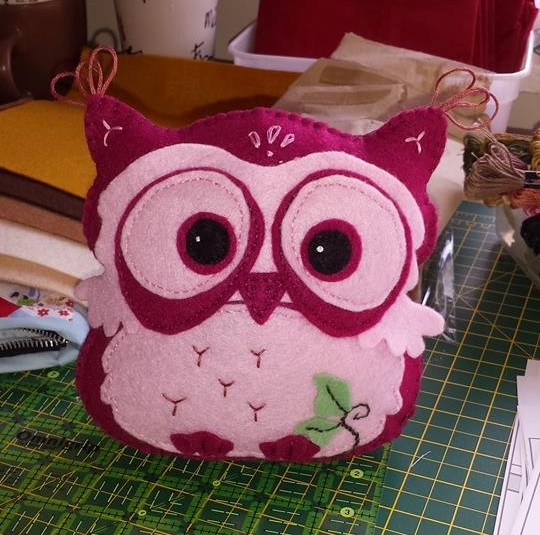 squishy-cute-designs-felt-owl-pattern-debby-towers.jpg
